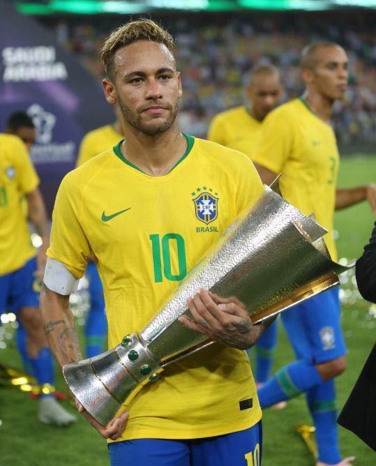 Neymar - trung phong số 1 quốc gia Brazil